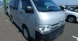 2012 TOYOTA HIACE 6 SEATER