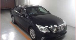 2011 TOYOTA CROWN ROYAL SALOON LEATHER