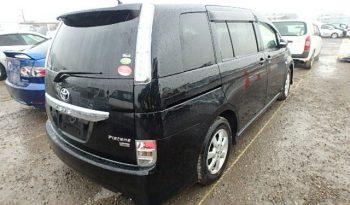 2011 Toyota Isis Platana $1.8M full
