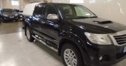2015 TOYOTA HILUX 4WD