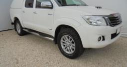 2016 TOYOTA HILUX 4WD